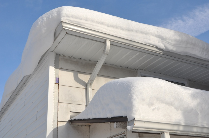 How to Prevent Gutter Damage from Snow